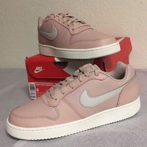 NIKE EBERNON LOW (9) WOMENS SHOES